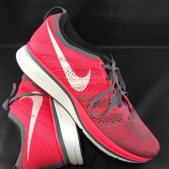 buy popular a4d43 13c63 New Nike Flyknit trainer pink grey white sz 9 40.5